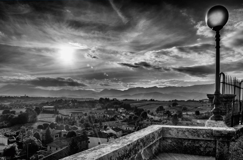 Scorcio dalla chiesa di Castello Roganzuolo