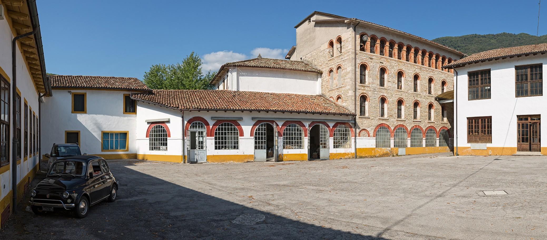 Lanificio Paoletti , esterni
